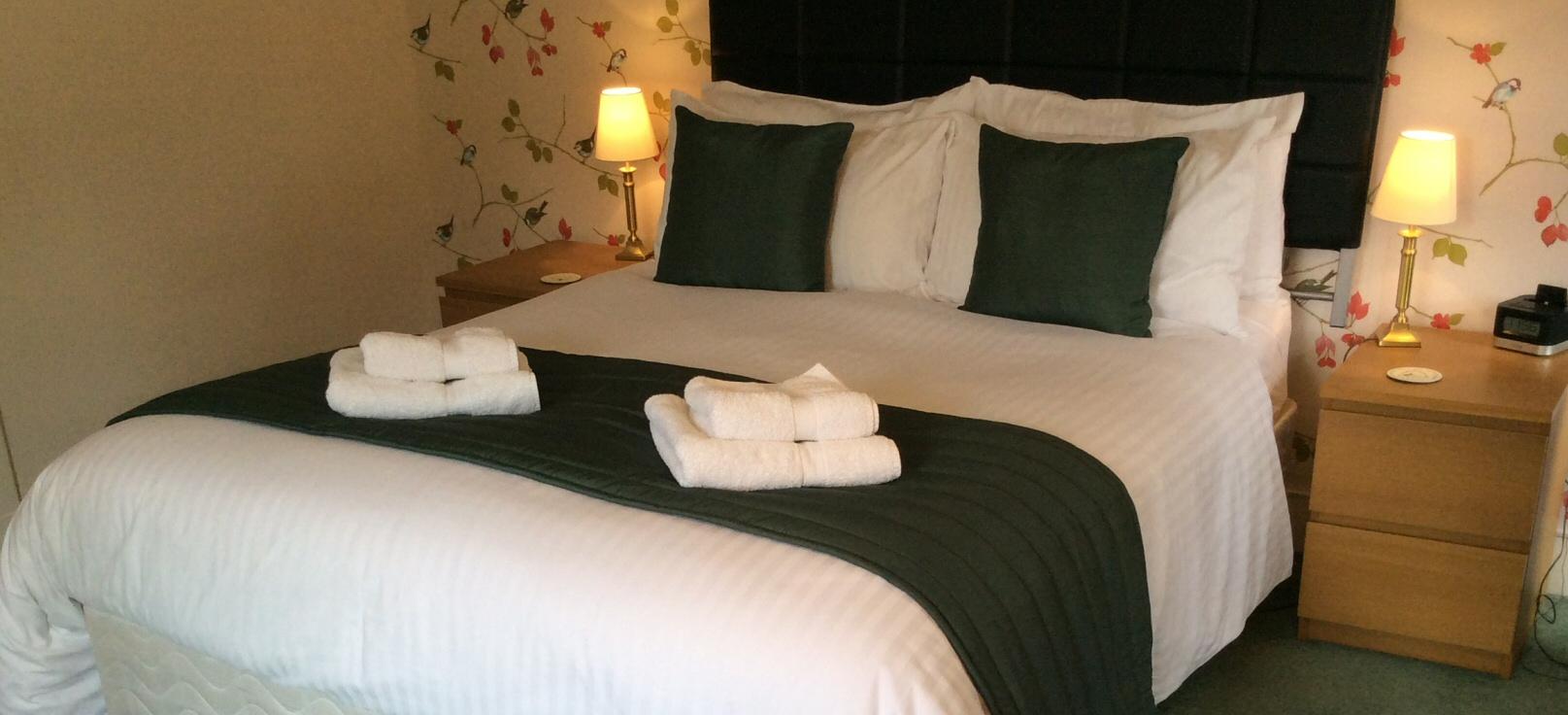 <h2>Craiglea Bed and Breakfast  - Braemar</h2><div class='slide-content'></div>